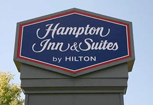 hotel management company - Hampton Inn & Suites - 3 Rivers, CA