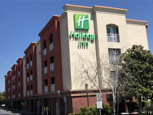 hotel management company California - Holiday Inn & Suites San Mateo, CA