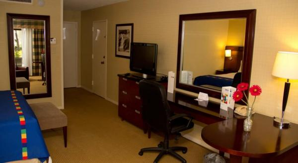hotel-for-sale-Fresno-California-7.jpg